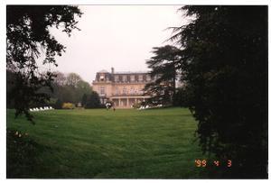 Reims_restrant_with_garden_2